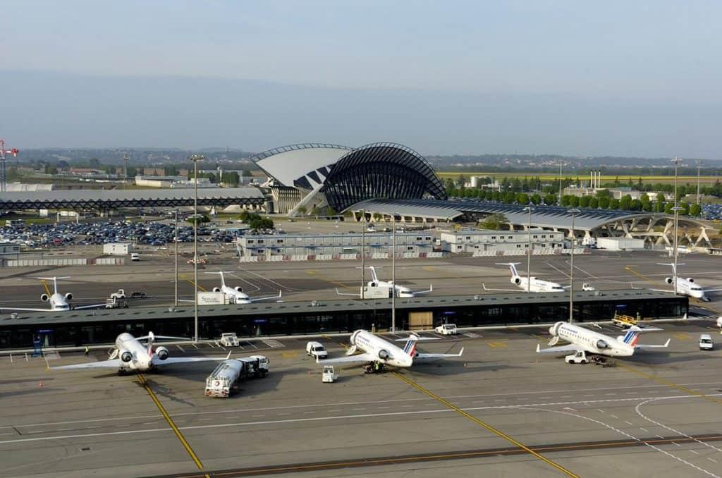 taxi-lyon-aeroport-allo-van-lyon-navette-aeroport lyon